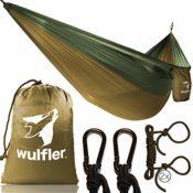 Produktfoto von der Reisehängematte von der Firma Wulfler mit dem gesamten Lieferumfang